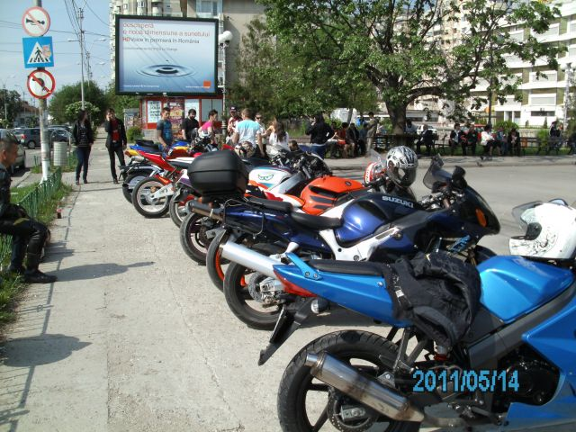 My friends bikeri