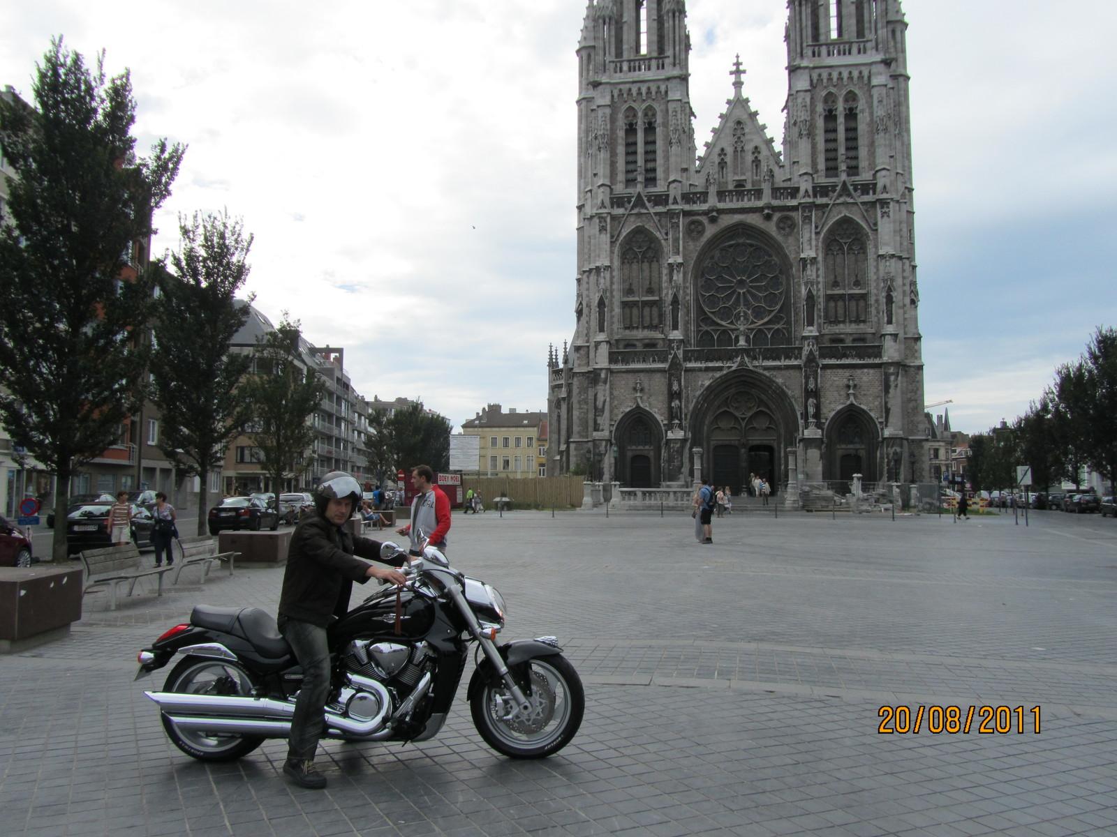 Eu cu Motorul La Oostende.JPG