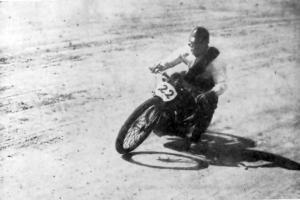 1932 Romania Bukarest Bertram - velodrom.jpg
