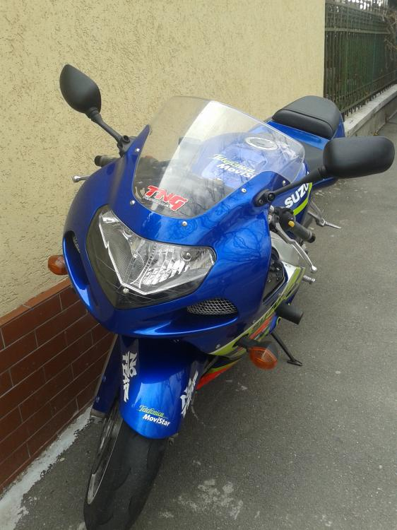 Suzuki 2.jpg