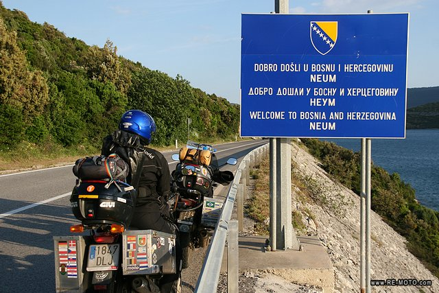 29942-BIH-Frontera_Croacia_-_Bosnia_y_Herzegovina.jpg