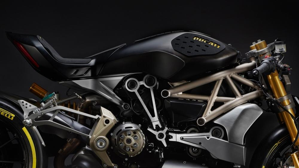 ducati-shows-the-draxter-concept-a-sport-interpretation-of-the-xdiavel_3-1600x900.jpg
