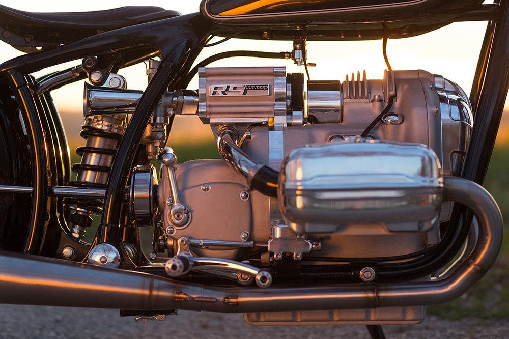 bmw-motorrad-r5-homage-10m.jpg