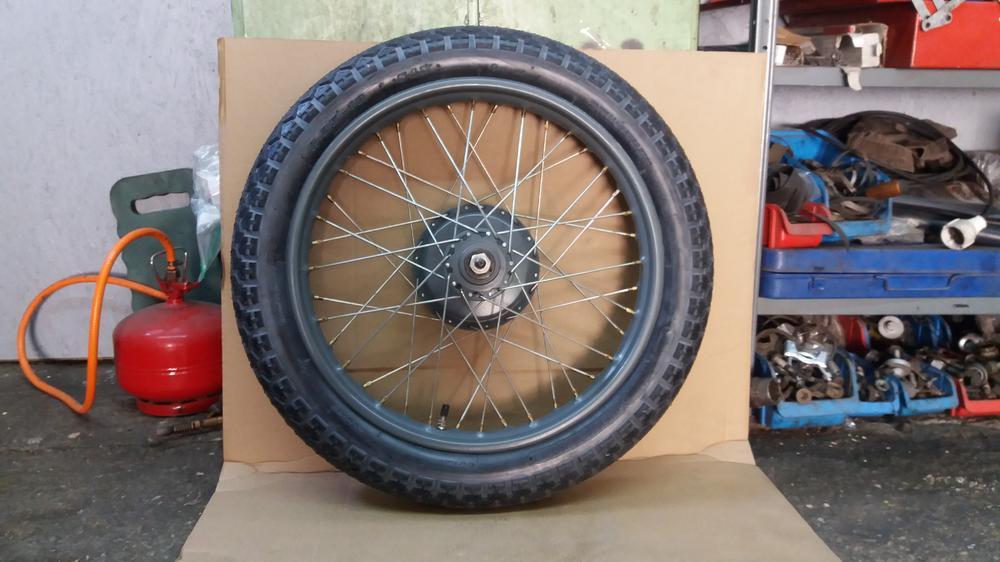 5ce0f75468599_twn-bd250w-tires(4).thumb.jpg.e02bb5e8df312a243e2de695fa950f53.jpg